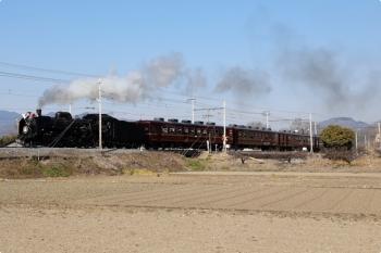 2021年2月13日 11時55分頃。和銅黒谷。C58-363に牽引され通過する下り「パレオエクスプレス」。