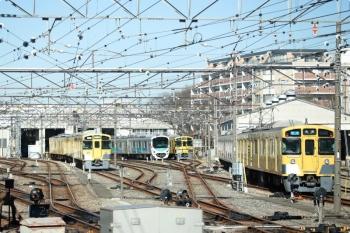 2021年2月20日 10時過ぎ。小手指車両基地。上り列車の車内から撮影。
