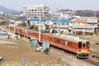 2021年2月21日 10時57分頃。東毛呂〜越生駅間。東武越生線の越生ゆき。