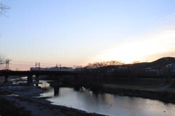 2021年2月23日。仏子〜元加治駅間。6000系の2110レ。