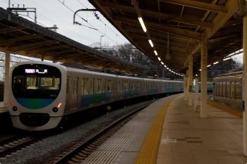 2021年3月7日。入間市。発車した38112Fの1002レ(左)と001-E編成の27レ。