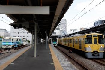 2021年4月3日。東長崎。2063Fや30000系と並んだ「Rail Inspection Car No.3」。
