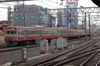 2021年4月7日 6時46分頃。所沢。6番線から発車した1259Fの下り回送列車。