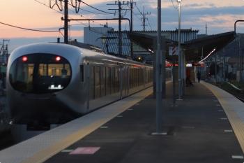 2021年4月9日 5時15分頃。元加治。通過した001-A編成の上り回送列車。