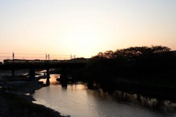 2021年4月11日 5時25分頃。仏子〜元加治駅間。2461F+2069Fのはずの2102レ。