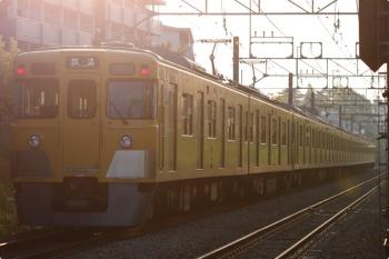 2021年4月12日 5時59分ころ。東伏見〜武蔵関。2411F+2081Fの上り回送列車。