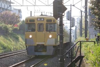 2021年4月12日 6時28分ころ。東伏見〜武蔵関。2411F+2081Fの下り回送列車。