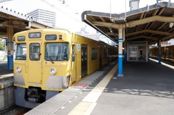 2021年4月12日 10時12分頃。田無。2403F+2091Fの回送列車。下り方からやって来て(11分着)、下り方へ折り返していきました(15分発)。
