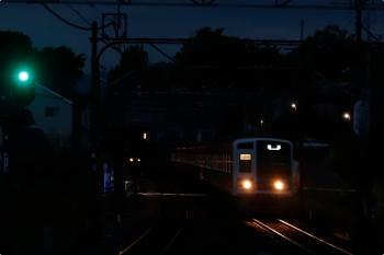 2021年4月13日 5時4分頃。元加治。6111Fの上り回送列車。