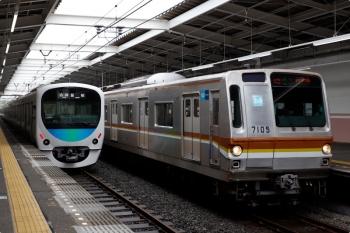 2021年4月17日。秋津。メトロ7005Fの4558レ(63S運用)と38109Fの5111レ。