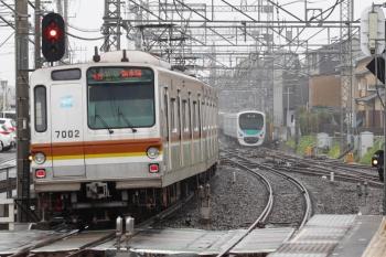 2021年4月17日。西所沢。メトロ7002Fの4556レ(61S運用)。