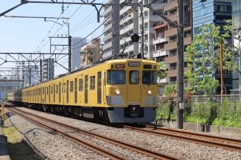 2021年4月23日。高田馬場〜下落合駅間。2407F+2055Fの2642レ。