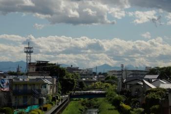 2021年5月2日 15時半頃。東久留米〜清瀬駅間。車窓から見られた富士山。