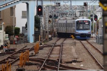 2021年5月5日 12時12分頃。保谷。4番線から下り方へ発車したY513Fの下り回送列車。
