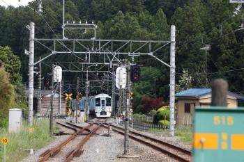 2021年5月9日 15時10分頃。武蔵横手。1番ホームを通過した4009Fの上り回送列車。