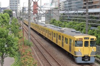 2021年6月2日。高田馬場〜下落合駅間。2007F+2457Fの2645レ。