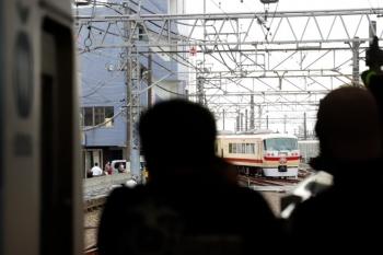 2021年6月5日 10時5分頃。所沢。4番ホームから発車したLAST RUNの10105F 下り臨時列車。