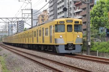 2021年6月14日。高田馬場〜下落合駅間。2007Fの5128レ。