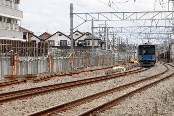 2021年6月20日。東村山〜西武園駅間。仮線に切り替わった下り線を走る20101Fの1603レ。