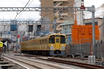 2021年6月20日。東村山〜西武園駅間。2511Fの6245レ。折り返し列車用に幕を回転中。