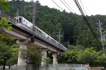 2021年7月23日。吾野〜西吾野駅間。4000系の普通列車。