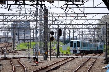 2021年8月1日 11時34分頃。所沢。西武新宿方から4番ホームへ到着する4009F(52席)の下り列車。