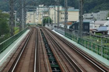 2021年8月21日。仏子〜元加治駅間。右が下り線。