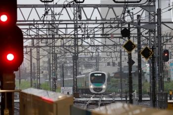 2021年9月4日 16時54分頃。所沢。新宿線から池袋線4番ホームへ入る38116Fの8093レ。