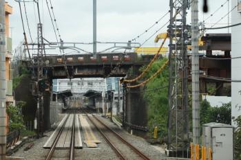 2021年9月5日。蔵藤沢〜稲荷山公園駅間。奥が武蔵藤沢駅。