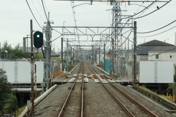 2021年9月11日。武蔵藤沢〜稲荷山公園駅間。武蔵藤沢〜稲荷山公園駅間の不老川の工事現場。