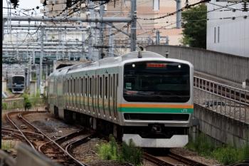 2021年9月13日 10時8分頃。池袋。湘南新宿ラインのE231系と、埼京線の りんかい線70-000形。