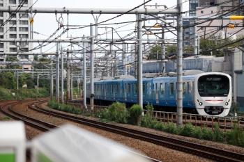 2021年9月13日 8時36分頃。西武新宿〜高田馬場。38101F(ドラえもん)の5016レ。