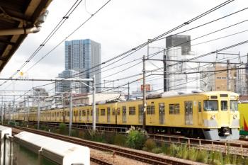 2021年9月16日 9時38分頃。西武新宿〜高田馬場。2001F+2451Fの下り回送列車。