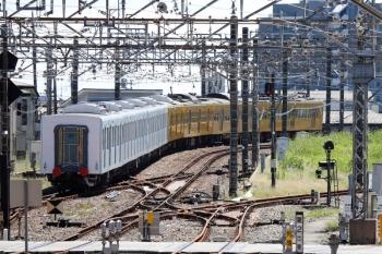 2021年9月19日 12時16分頃。所沢。6番線から発車した、263F牽引の40156F輸送の1回目。