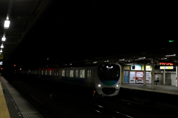 2021年10月8日 19時24分頃。仏子。通過する38113Fの上り回送列車。