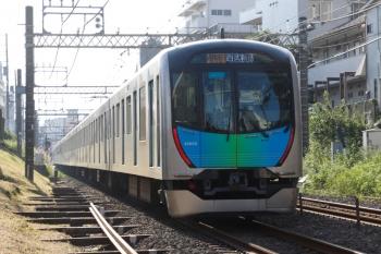 2021年10月8日。新井薬師前〜沼袋駅間。40103Fの2752レ。