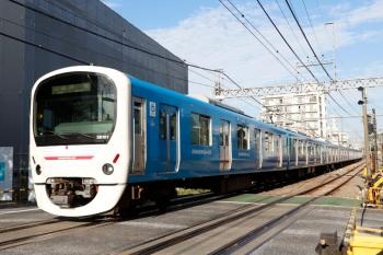 2021年10月8日。新井薬師前〜沼袋駅間。38101F(ドラえもん)の5109レ。